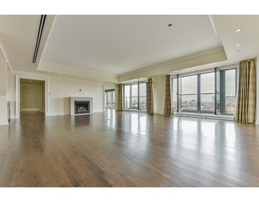 776 Boylston, Unit E10C, Boston, MA 02116